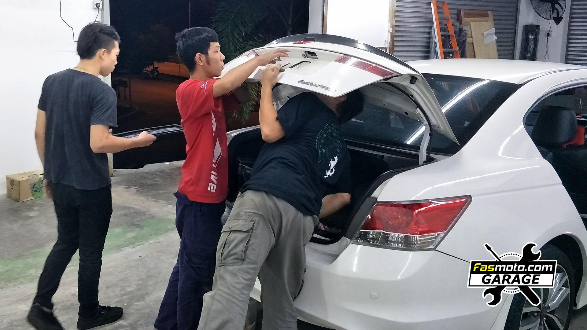 Honda Accord 8th Generation JVC and Blaupunkt install