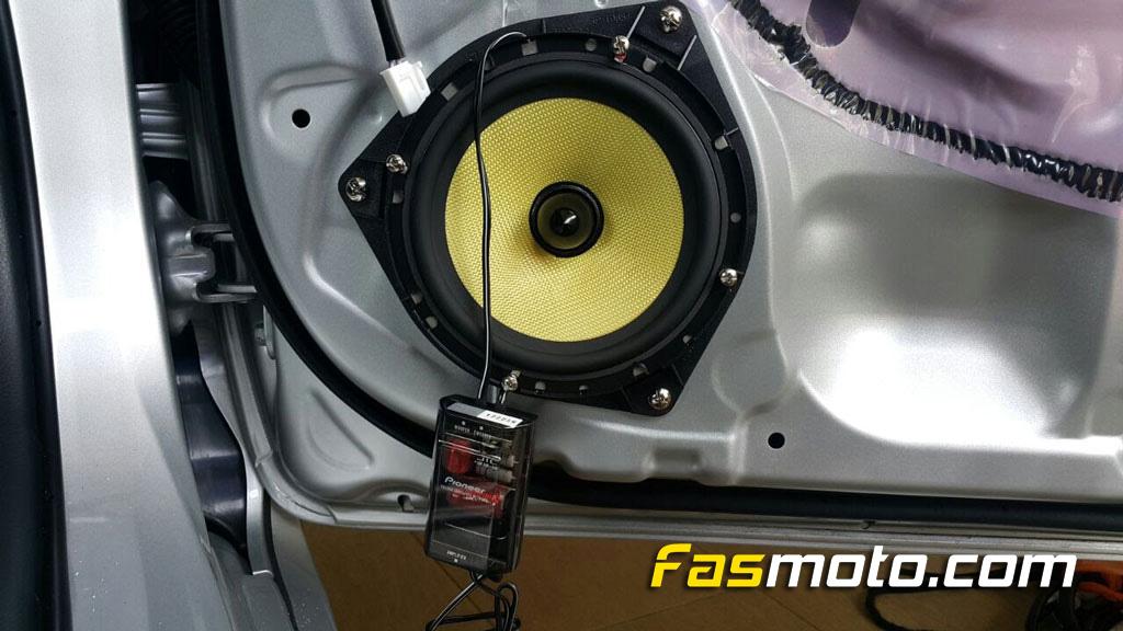 Toyota AL-102 Speaker mount